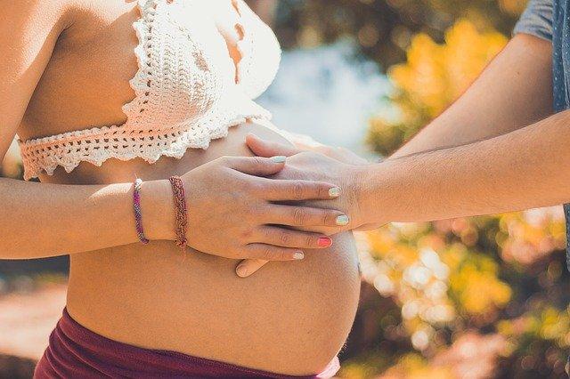 Comment la naturopathie peut-elle m'aider pendant la grossesse ?